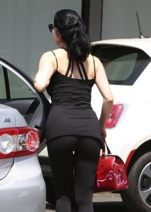 Dita Von Teese Hot on street -10