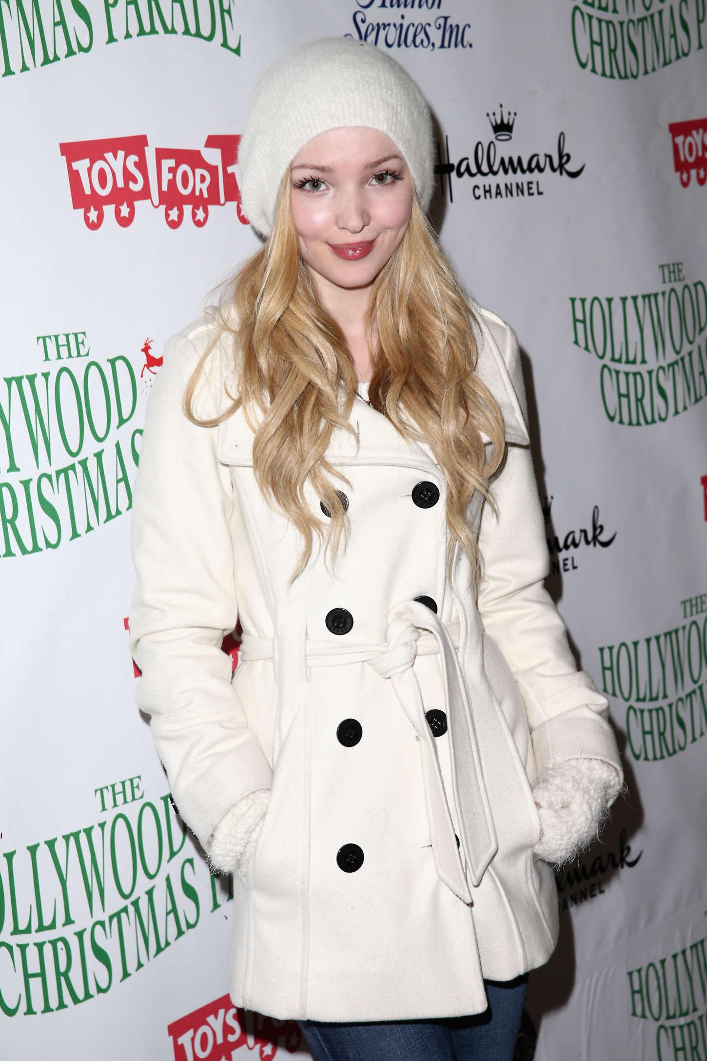 Dove Cameron 2014 : Dove Cameron: 2014 Hollywood Christmas Parade -02