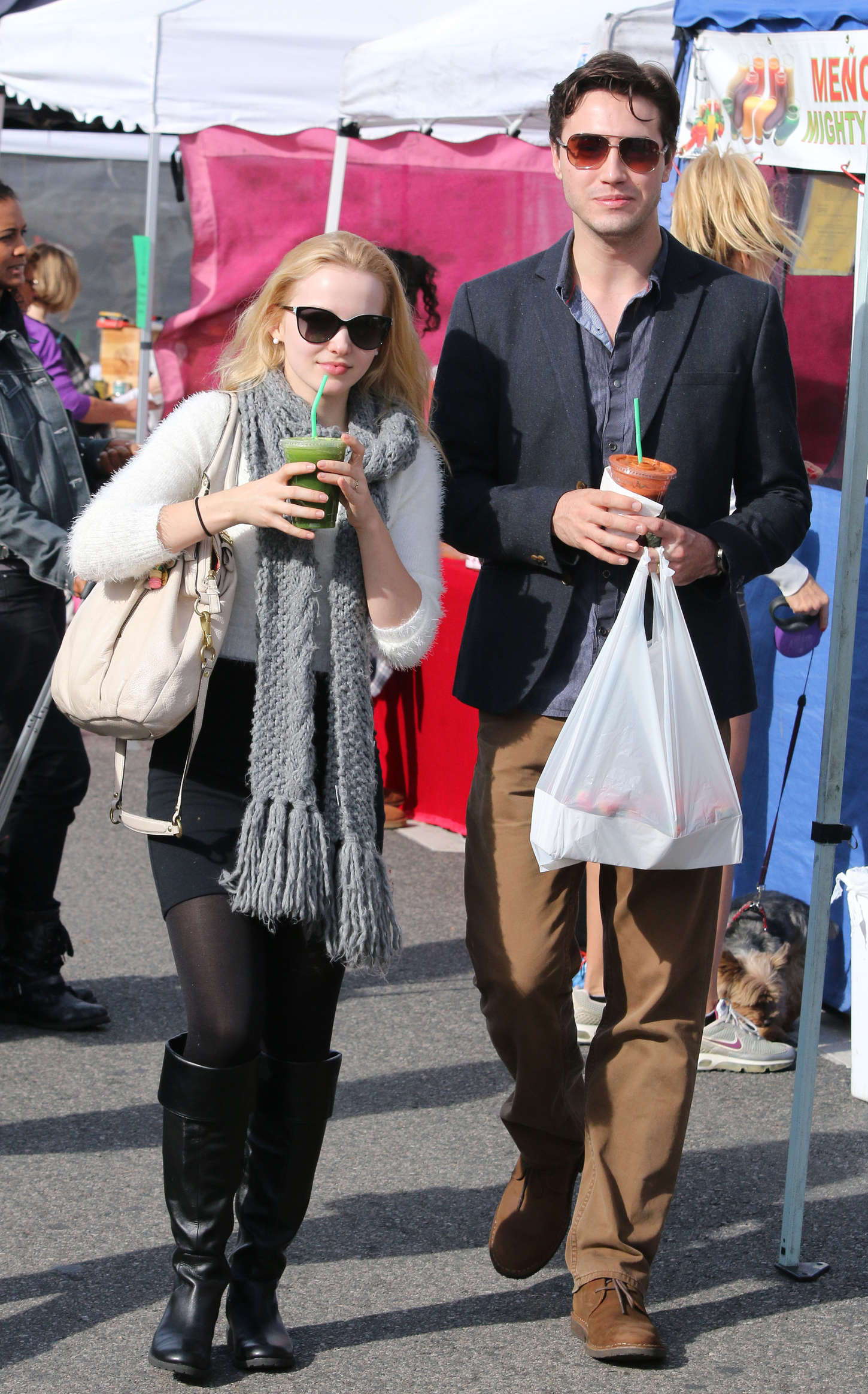 Dove Cameron 2014 : Dove Cameron at Farmers Market -03