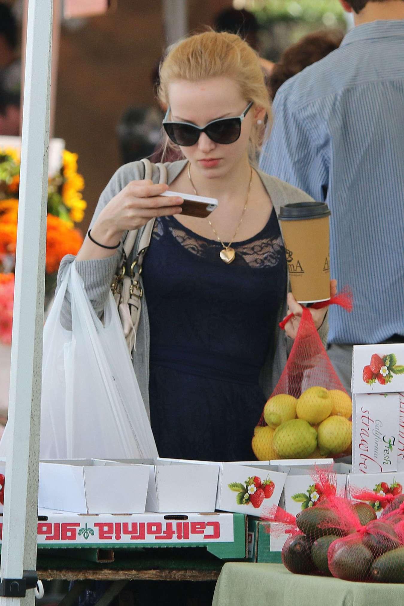 Dove Cameron 2014 : Dove Cameron in Mini Dress Shopping -03