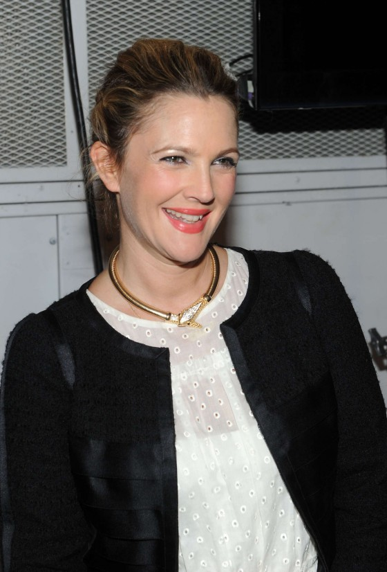 Back to post Drew Barrymore     Marc Jacobs Spring 2014 fashion show    Drew Barrymore 2014