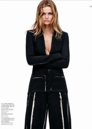 Edita Vilkeviciute: Vogue China -01