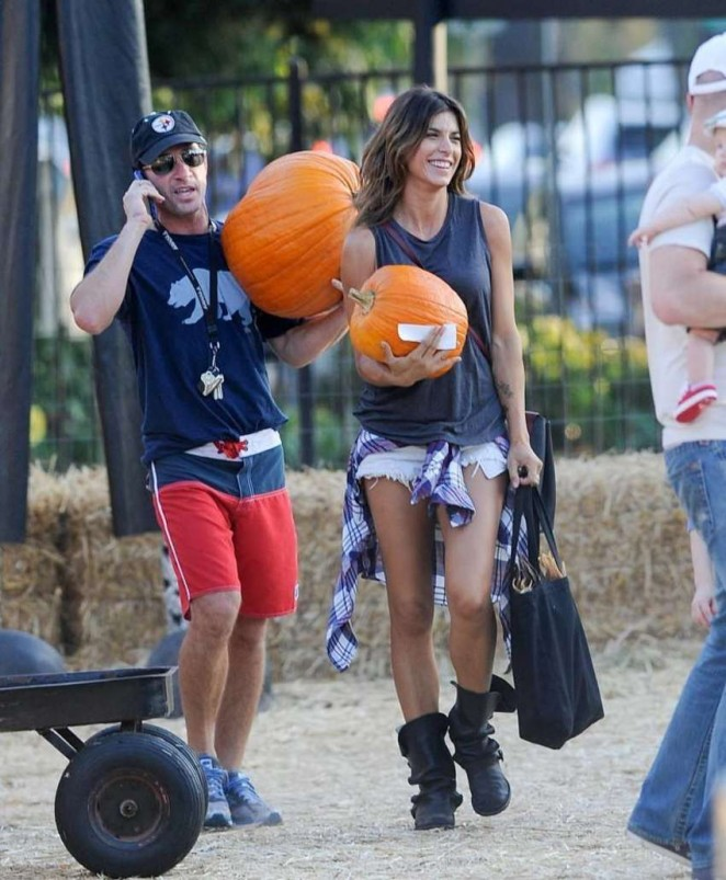 Elisabetta Canalis – Mr. Bones Pumpkin Patch in West Hollywood