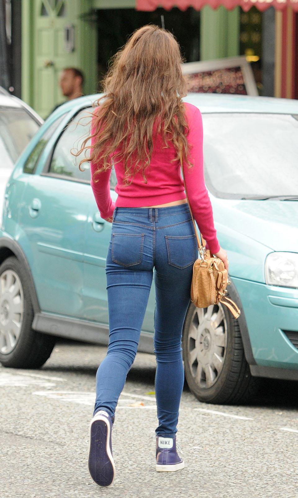 Skinny girl with nice ass