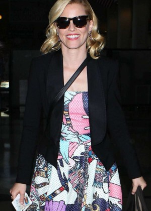 Elizabeth Banks in Long Dres at LAX Airport in Los Angeles
