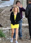 Elizabeth Banks - Looking Hot in yellow dress-14