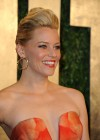 Elizabeth Banks - Oscar 2013 - Vanity Fair Party -08