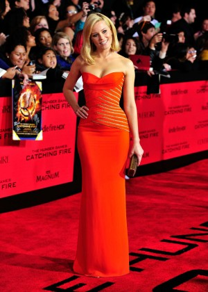 Elizabeth Banks - The Hunger Games: Catching Fire Premiere -15