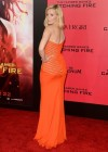 Elizabeth Banks - The Hunger Games: Catching Fire Hollywood Premiere -02