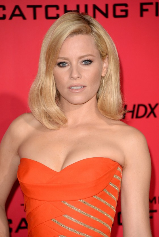Elizabeth Banks - The Hunger Games: Catching Fire Hollywood Premiere -07