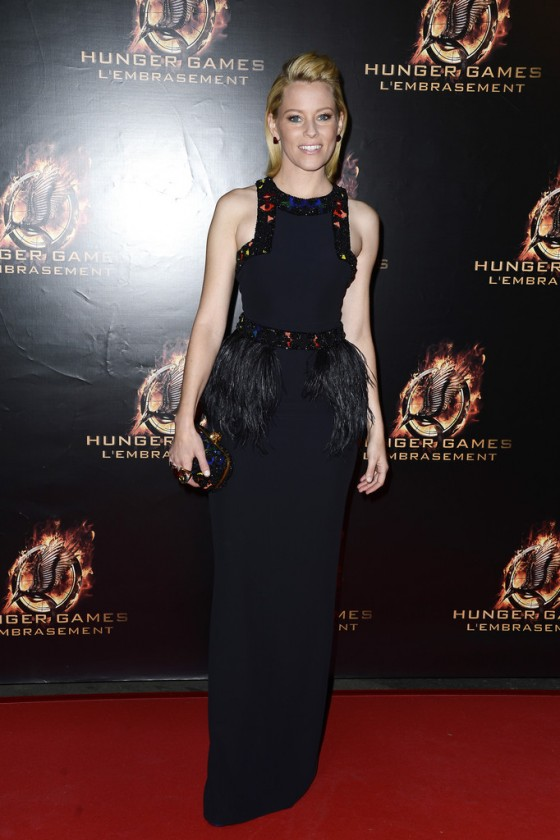 Elizabeth Banks – The Hunger Games: Catching Fire premiere in Paris -01