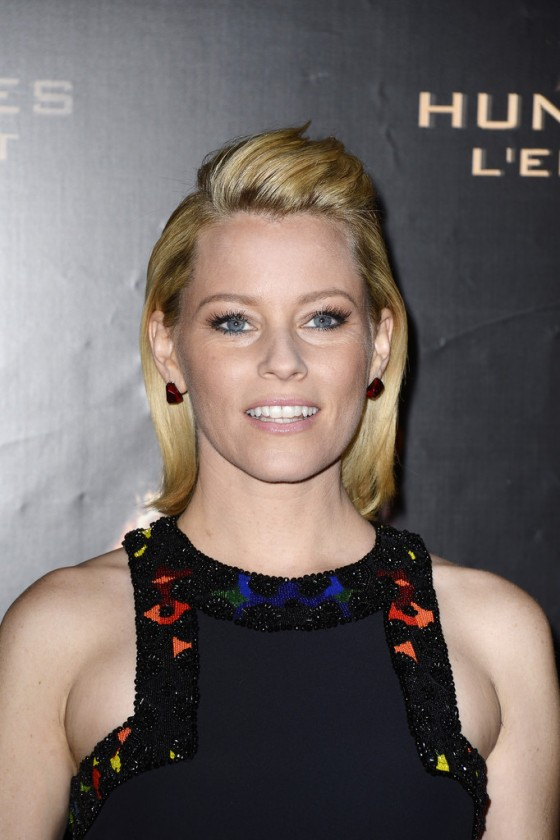 Elizabeth Banks – The Hunger Games: Catching Fire premiere in Paris -03