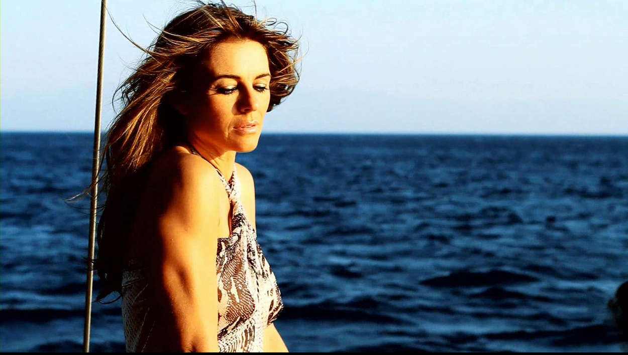 Elizabeth Hurley 2012 : Elizabeth Hurley 2013 Beach Summer Collection-11