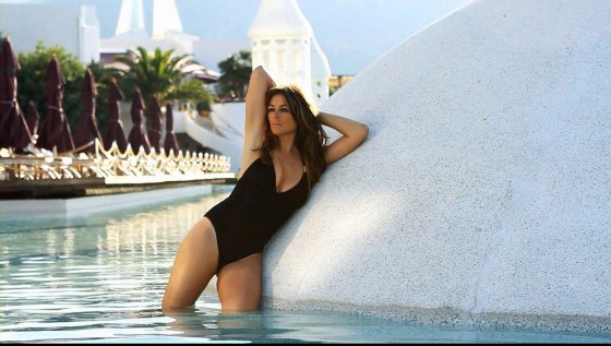 Elizabeth Hurley 2013 Beach Summer Collection