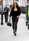 elizabeth-hurley-old-lady-street-walker-01