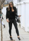 elizabeth-hurley-old-lady-street-walker-07