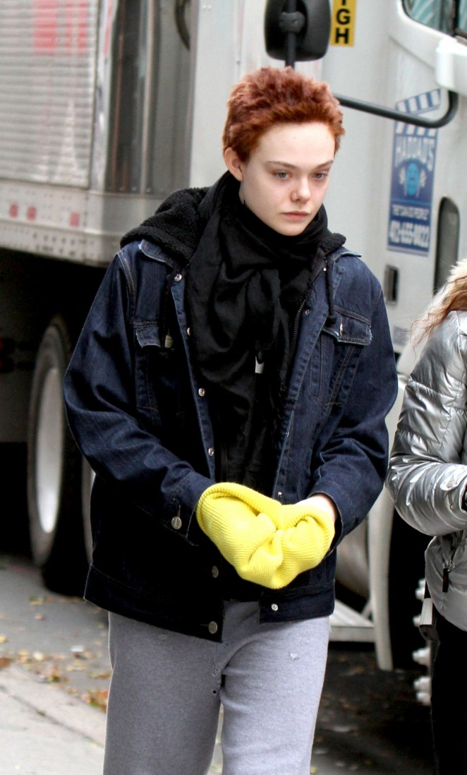 Elle Fanning - Set of 'Three Generations' in Manhattan