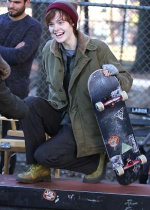 Elle Fanning - Filming 'Three Generations' Movie Set in Brooklyn
