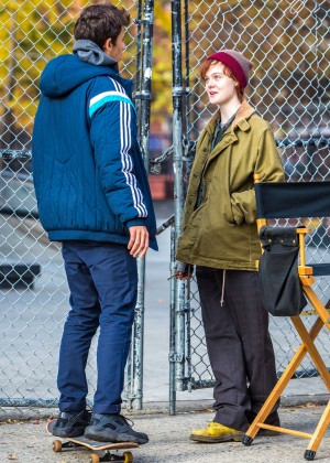 Elle Fanning on Three Generations set -06