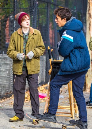 Elle Fanning on Three Generations set -08