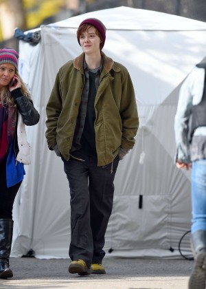 Elle Fanning on Three Generations set -09