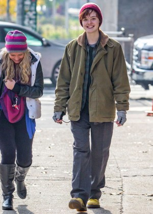 Elle Fanning on Three Generations set -22