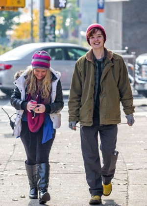 Elle Fanning on Three Generations set -23