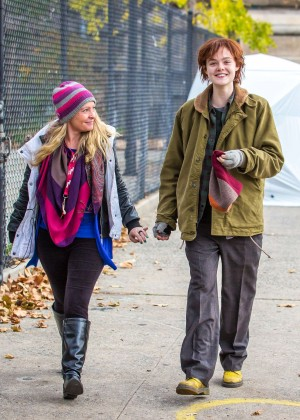 Elle Fanning on Three Generations set -24