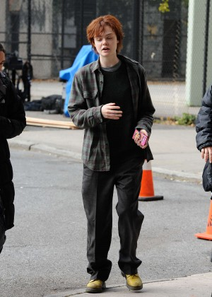 Elle Fanning on Three Generations set -27
