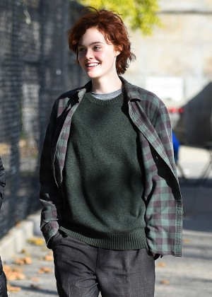 Elle Fanning on Three Generations set -40