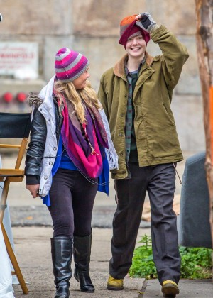 Elle Fanning on Three Generations set -46