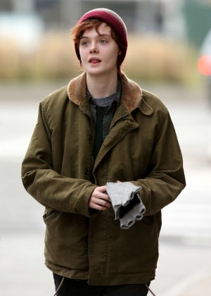 Elle Fanning on Three Generations set -47