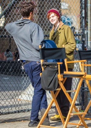 Elle Fanning on Three Generations set -48