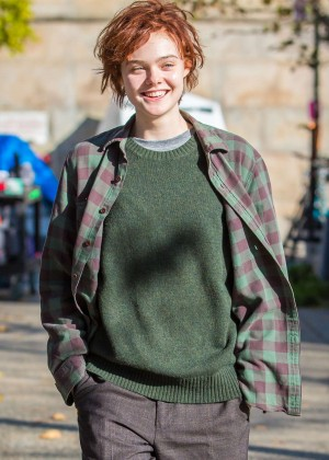 Elle Fanning on Three Generations set -51
