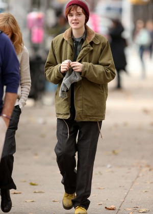 Elle Fanning on Three Generations set -65