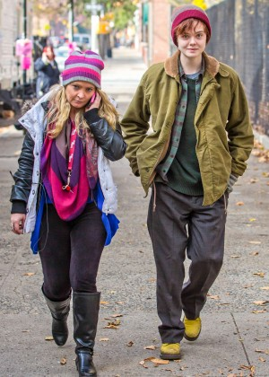 Elle Fanning on Three Generations set -66