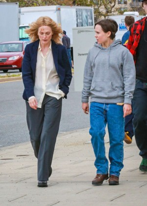 Ellen Page and Julianne Moore on Freeheld set -02