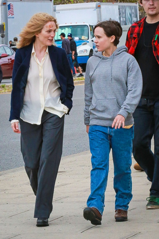 "Ellen Page & Julianne Moore - Filming ""Freeheld"" in NY"