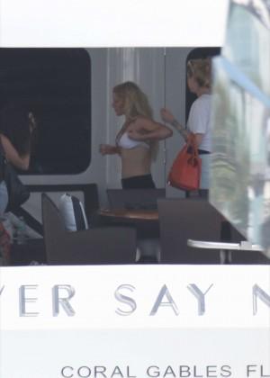 Ellie Goulding Bikini Photos: 2014 Miami -45