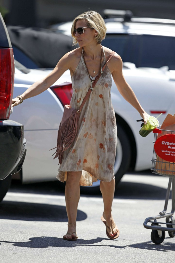 Elsa Pataky in Short Dress Leaving CVS in LA