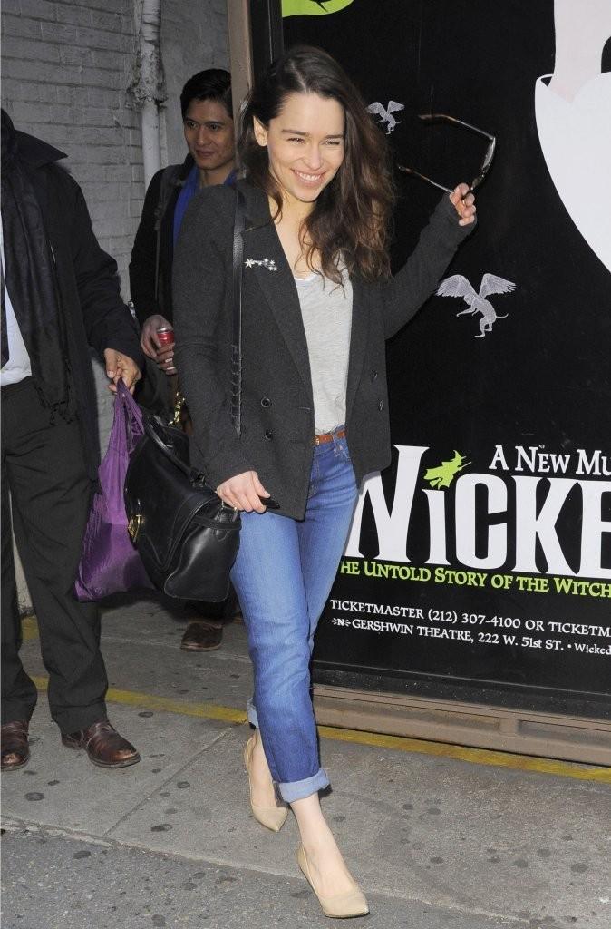 Emilia Clarke 2013 : Emilia Clarke Outside The Theatre in NYC -03