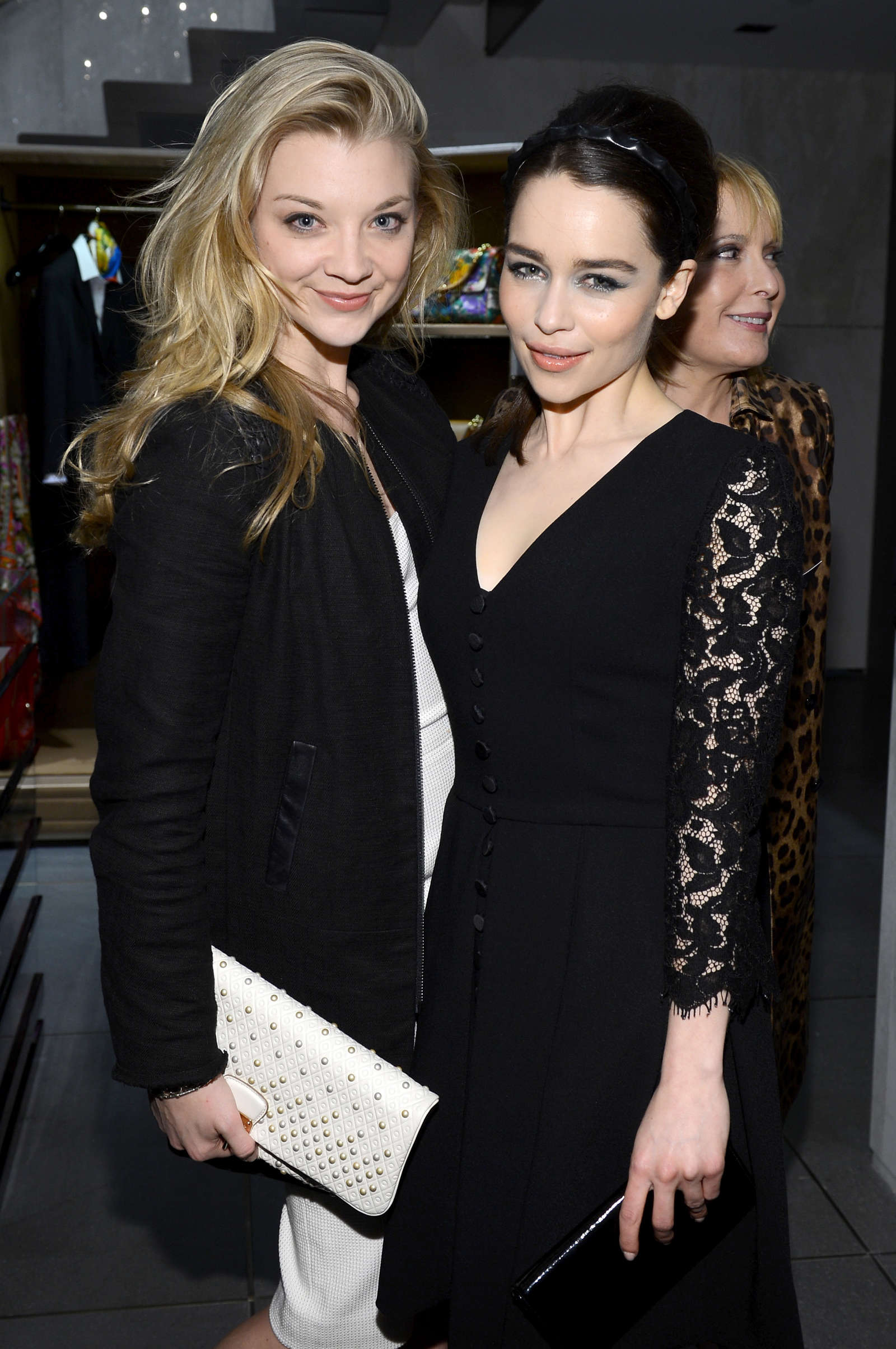 Emilia Clarke - Moda O...