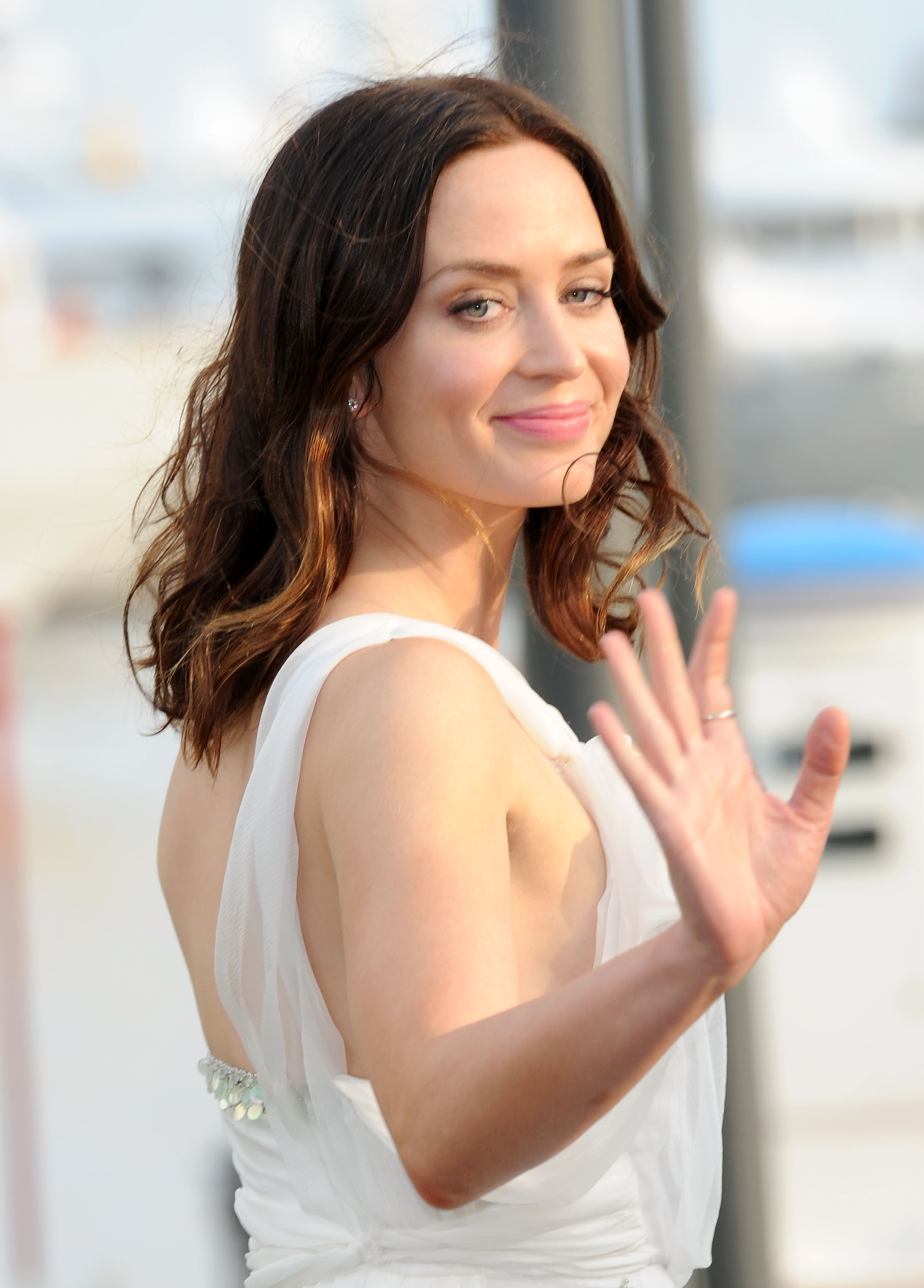 Emily Blunt 2010 : emily-blunt-at-fair-game-event-63rd-annual-cannes-film-festival-09