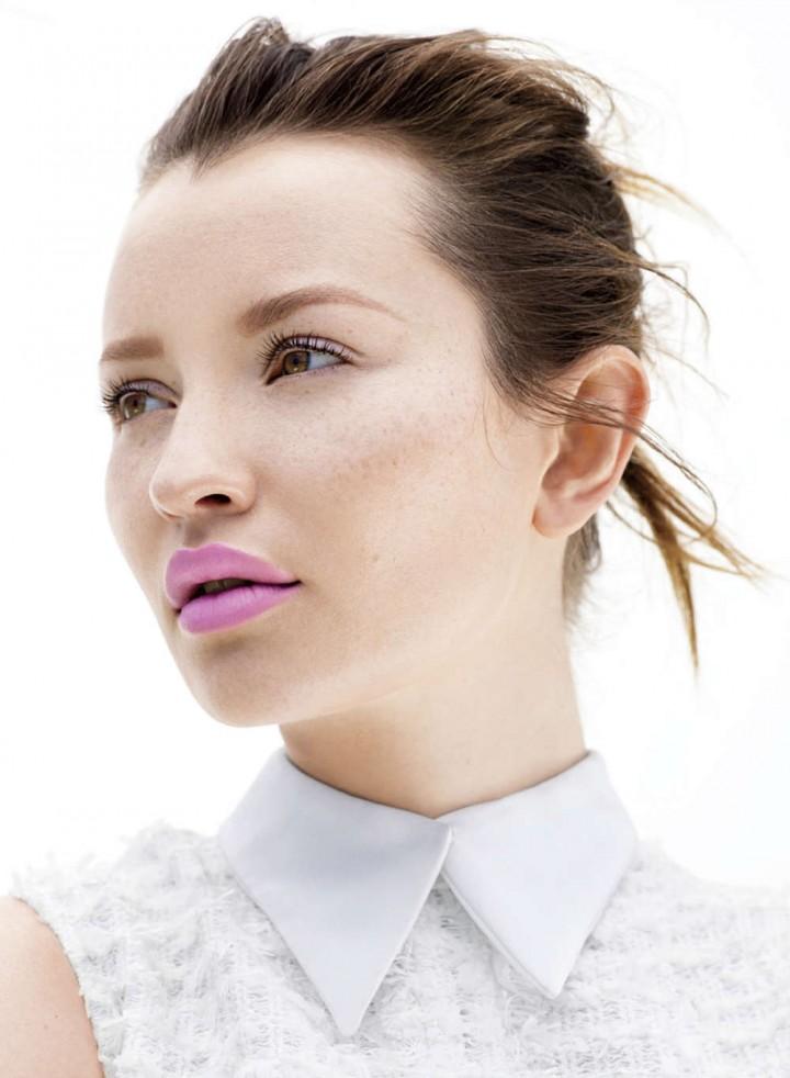 Emily Browning Instyle Australia 2014 03 Gotceleb