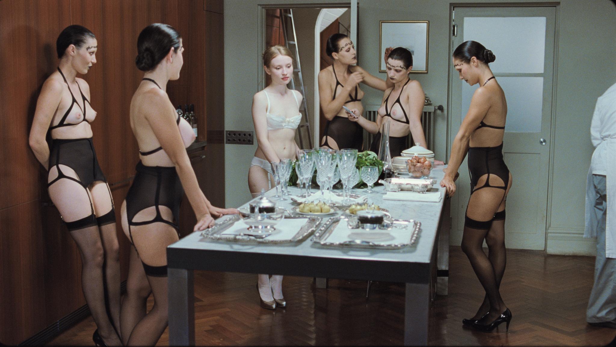 Nude Dinner 82