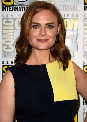 Emily Deschanel - Bones press line during Comic-Con 2014