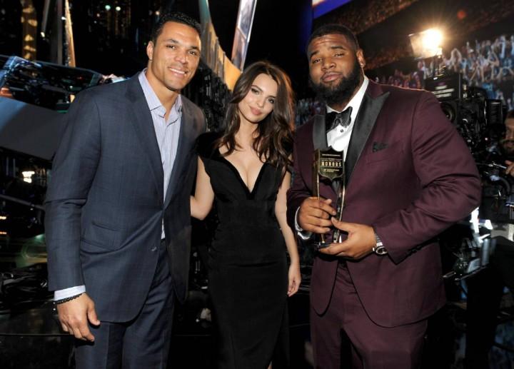 Emily Ratajkowski: 3rd Annual NFL Honors -01