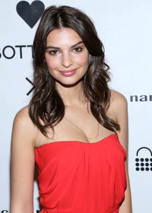 Emily Ratajkowski: Narciso Rodriguez Bottletop Collection Launch -06