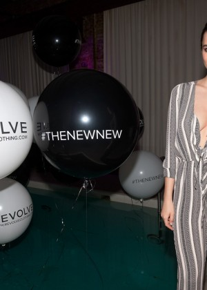 Emily Ratajkowski: Revolve Relaunch Party -10