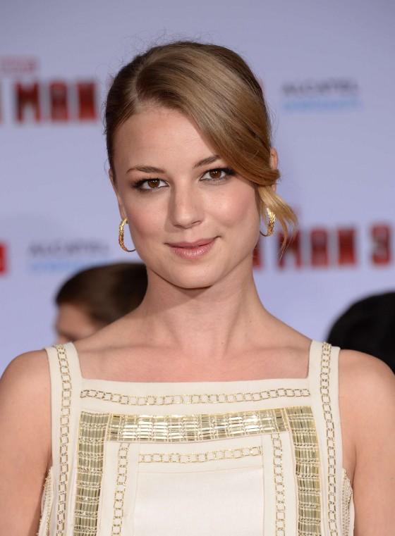 Emily VanCamp – Iron Man 3 premiere -03
